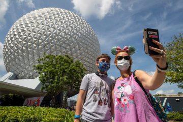 Disney World with masks-1