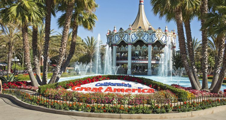 Californias Great America entrance