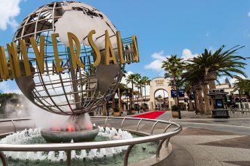 Universal Hollywood entrance-2